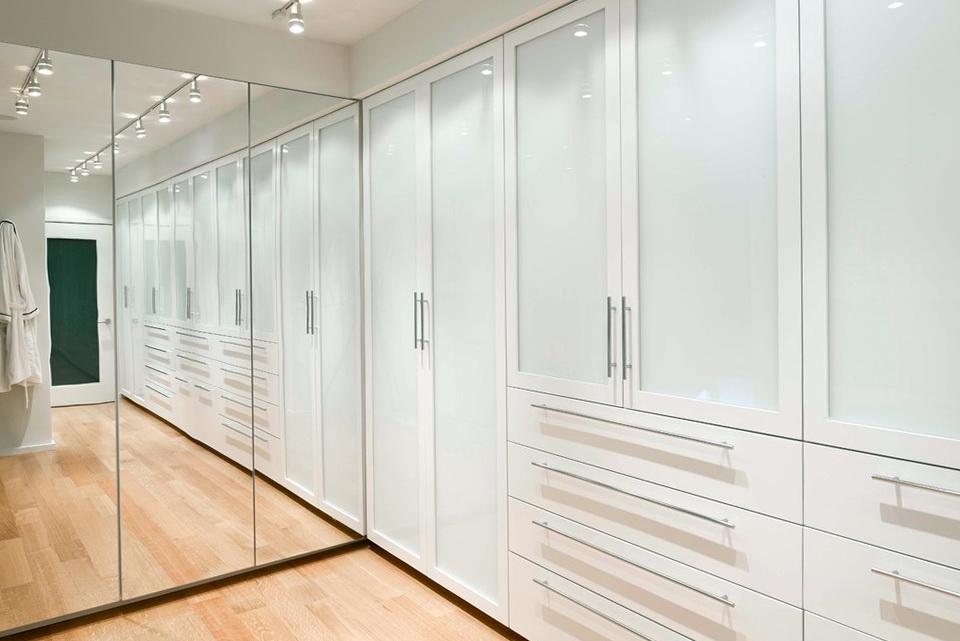 Full Wall Closet Ideas