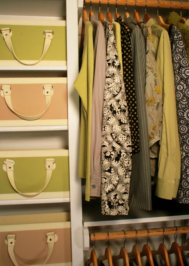 How To Organize A Small Closet For Two