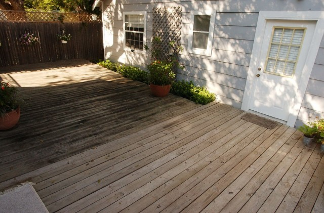 How To Seal A Deck