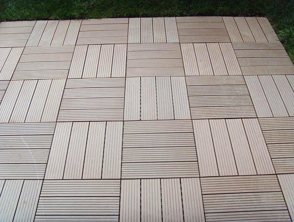 Interlocking Wood Decking Tiles