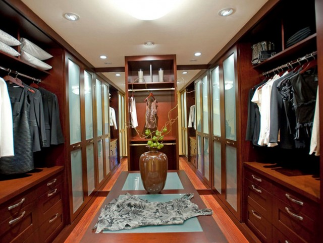 Luxury Master Bedroom Closets