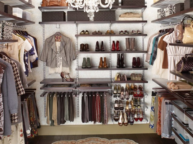 Make A Closet Out Of A Bedroom