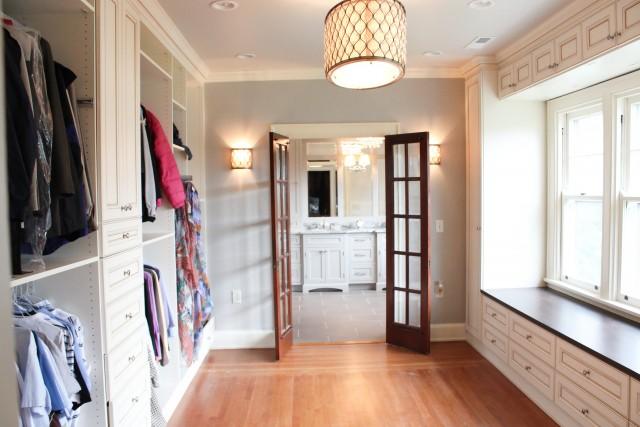 Master Bathroom Closet Designs