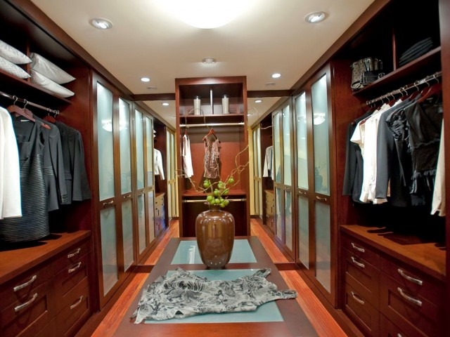 Master Bedroom Closet Lighting