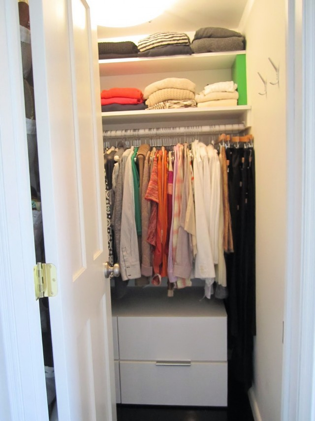 Pics Of Small Walk In Closets