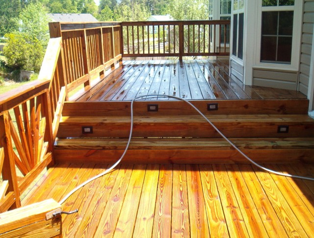 Power Washing Deck Then Staining