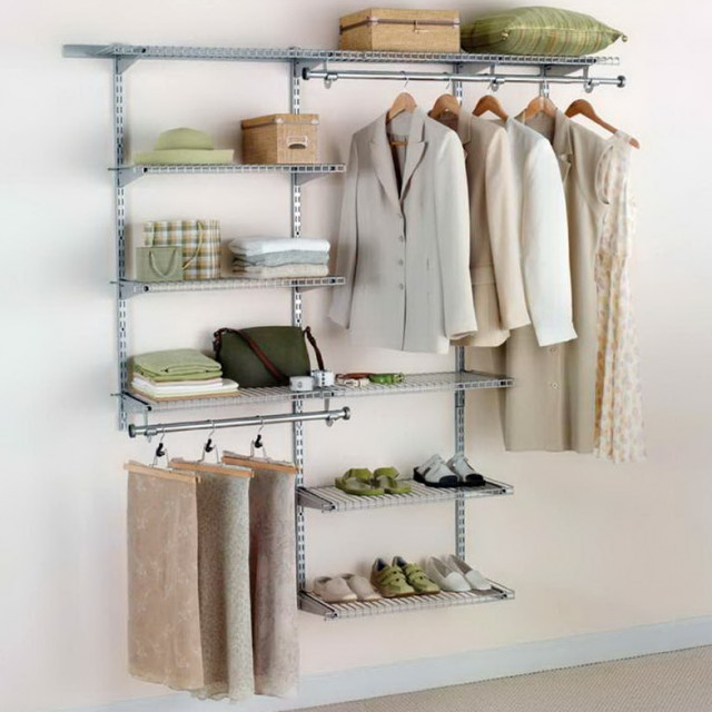 Rubbermaid Fasttrack Closet Design