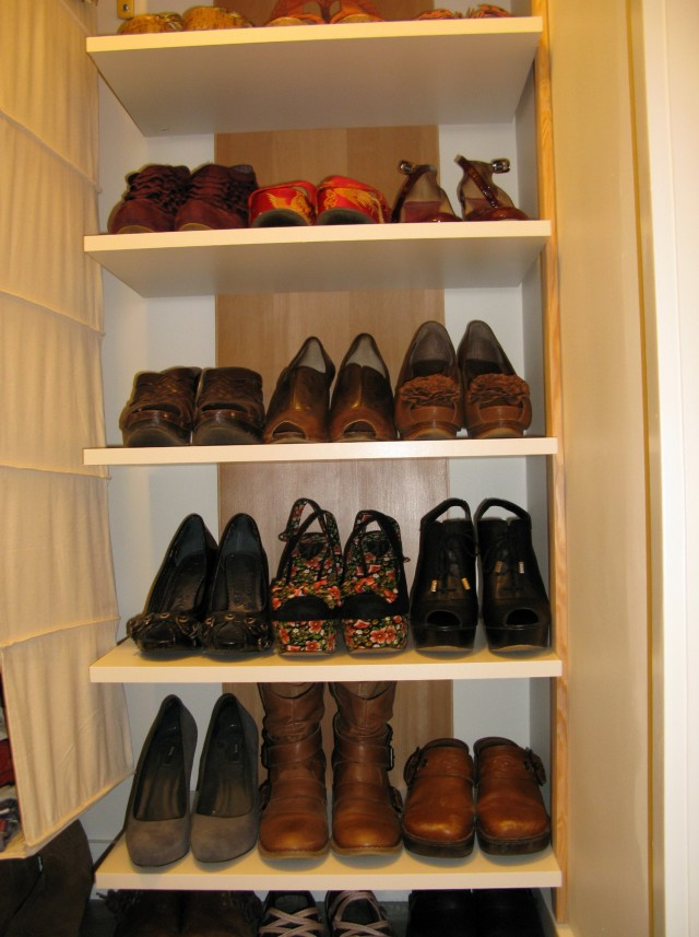 Small Shoe Racks For Closet