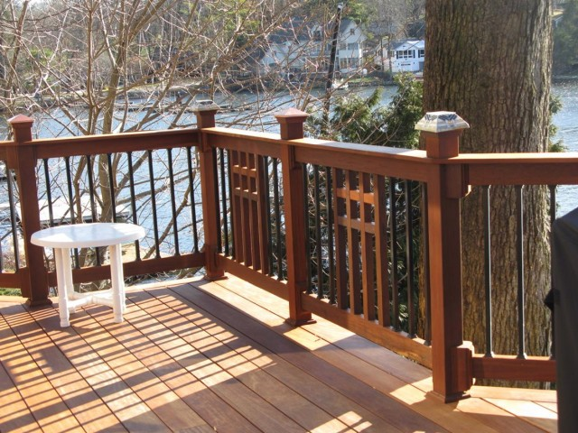 Wood Deck Railing Pictures