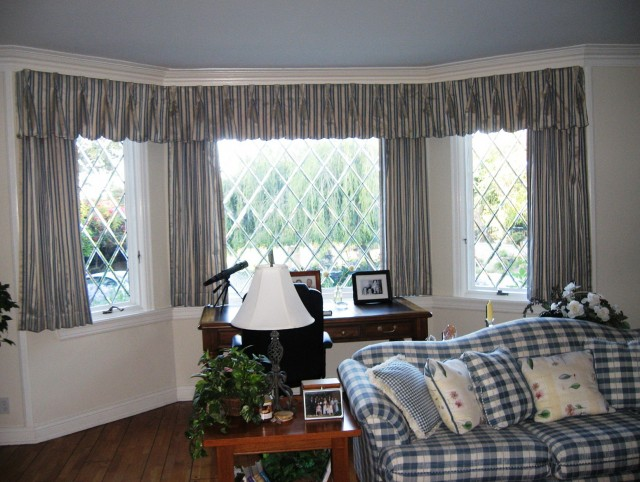 Country Style Curtains For Bay Windows