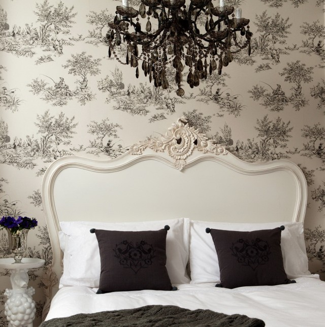 Images Of Chandeliers In Bedrooms