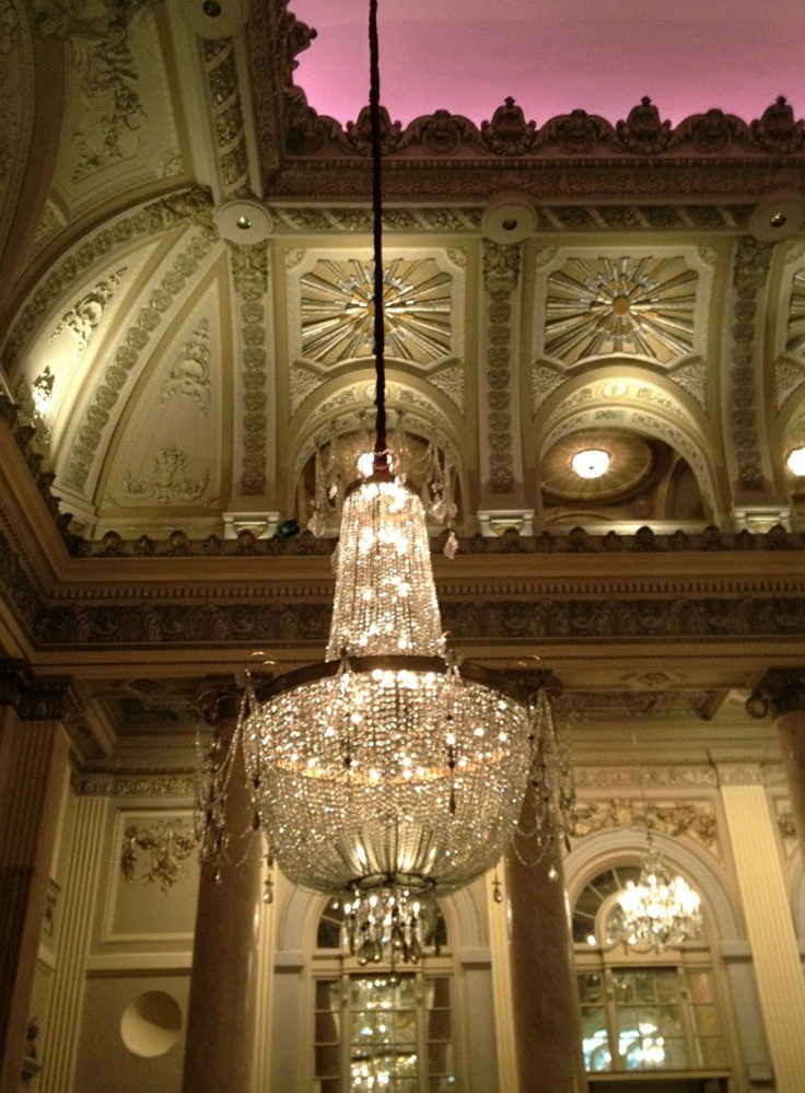 Pictures Of Chandeliers In Foyers