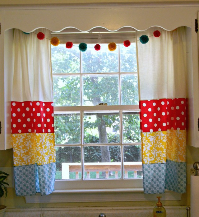 Small Kitchen Window Curtains