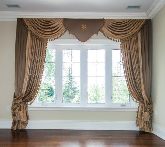 Traditional Curtains And Window Treatments