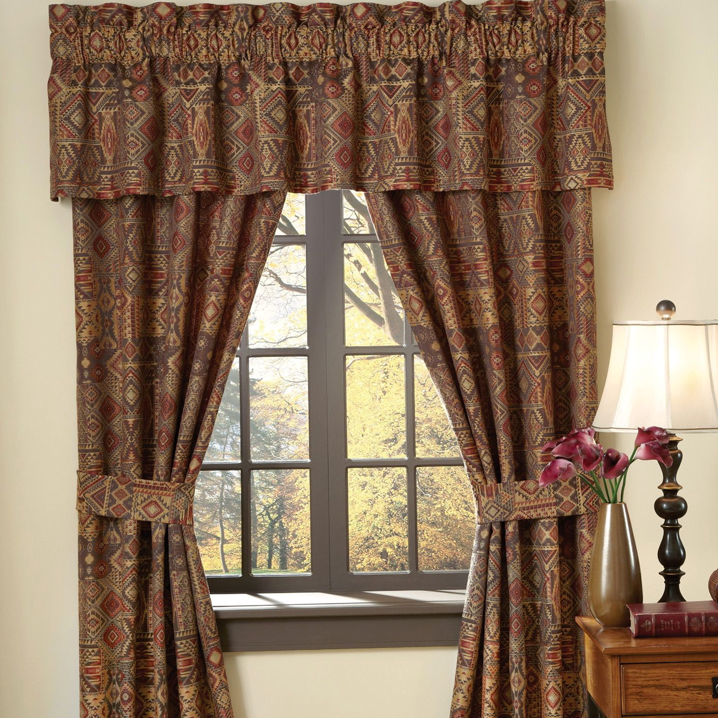 Window Drapes And Curtains
