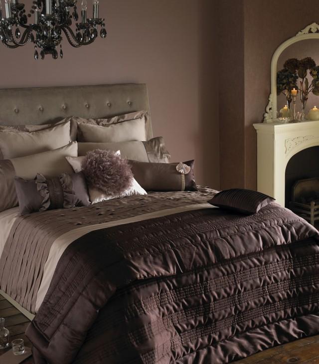 Black Chandelier In Bedroom