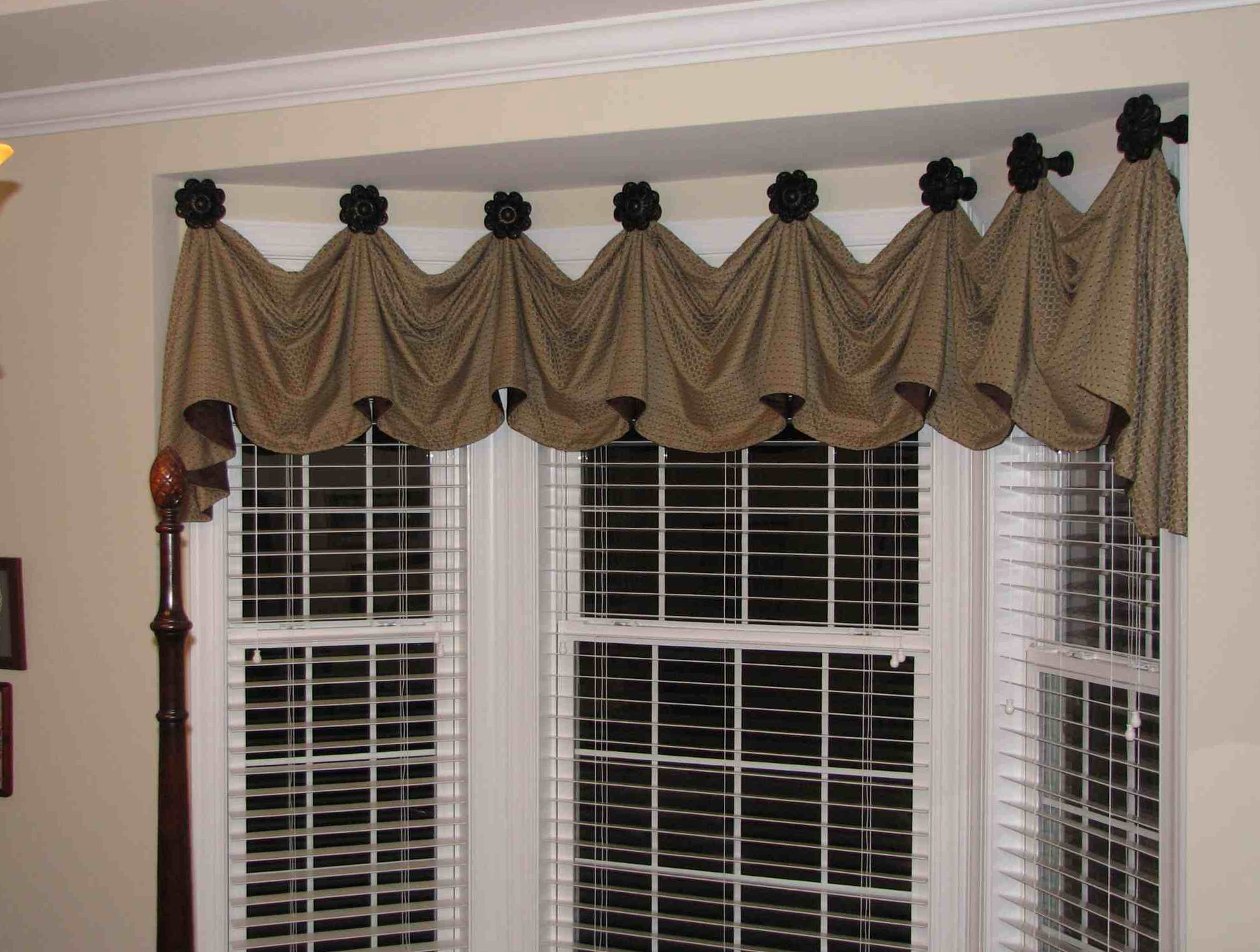 Curtains For Kitchen Bay Windows