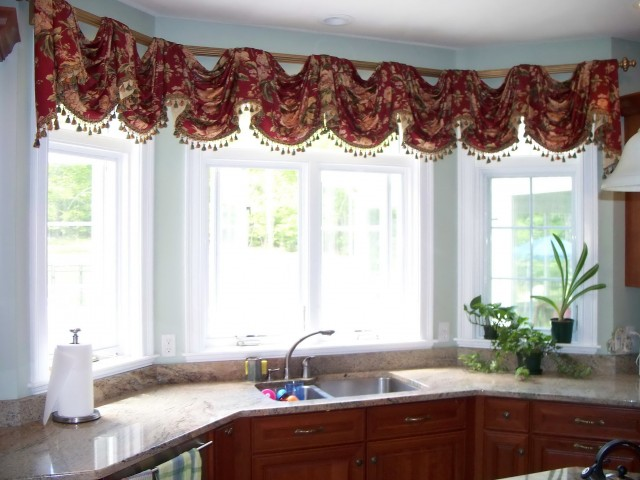 Curtains For Large Kitchen Windows