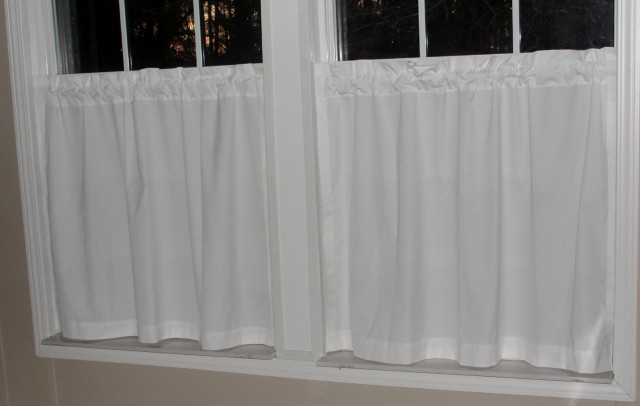 White Cotton Cafe Curtains