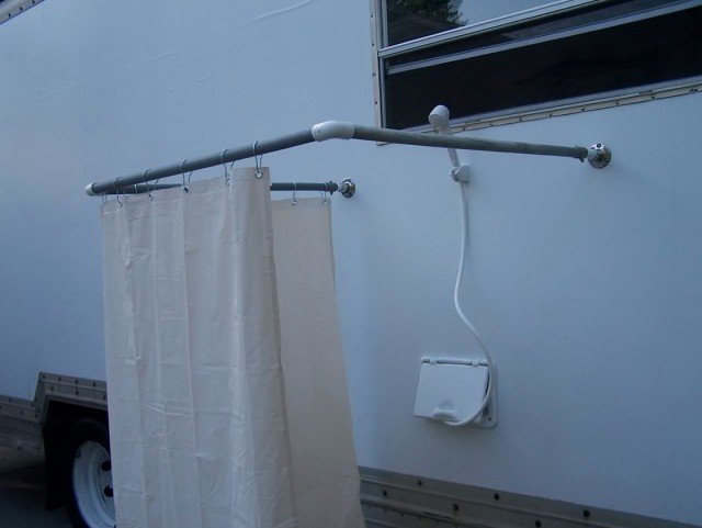 Outdoor Shower Curtain Ideas