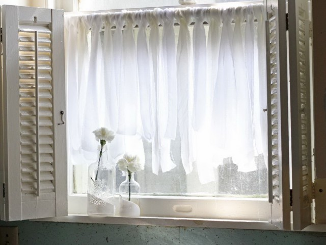 Sheer Kitchen Curtains Ideas
