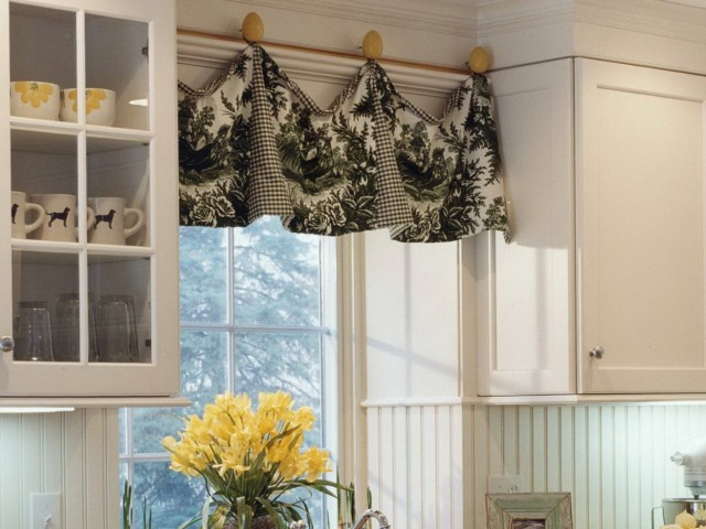 Kitchen Curtain Valances Ideas