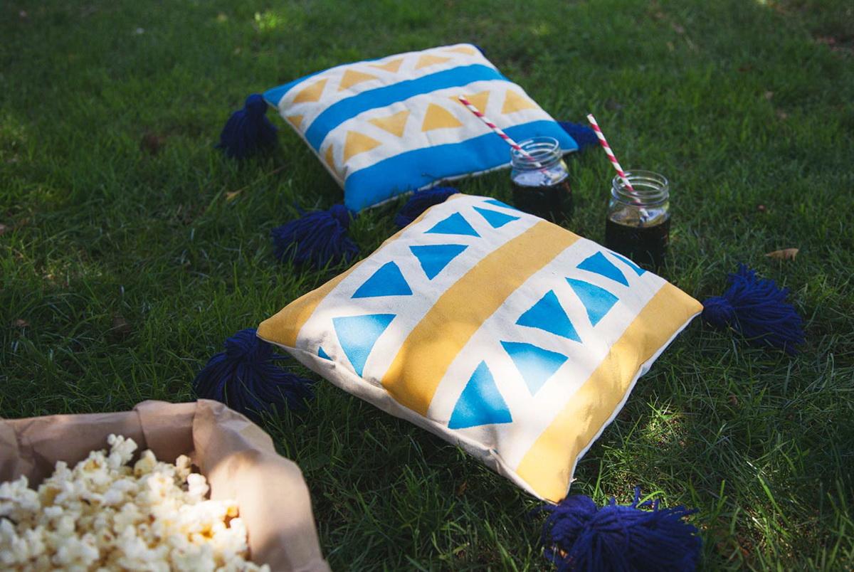 Outdoor Floor Cushions Crate Barrel
