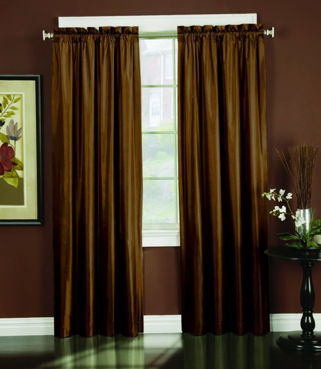Thermal Backed Curtains Cleaning