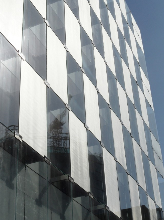 Glass Curtain Wall Section