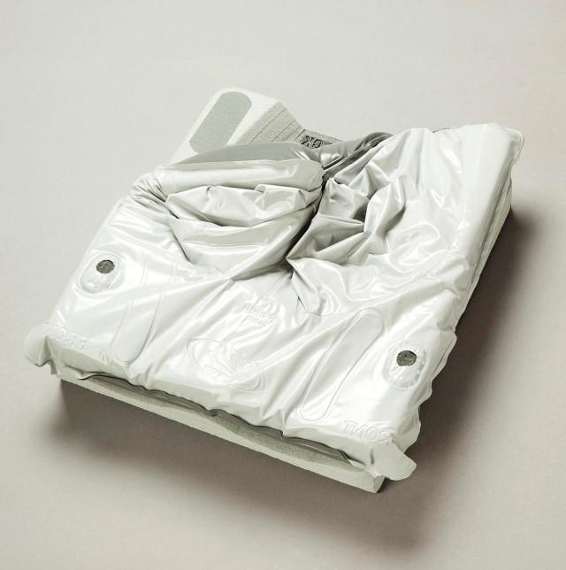 Jay 2 Deep Contour Cushion
