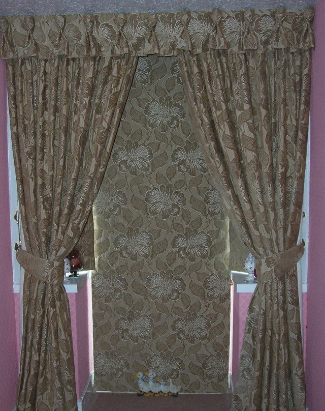 Roman Blinds And Curtains Together