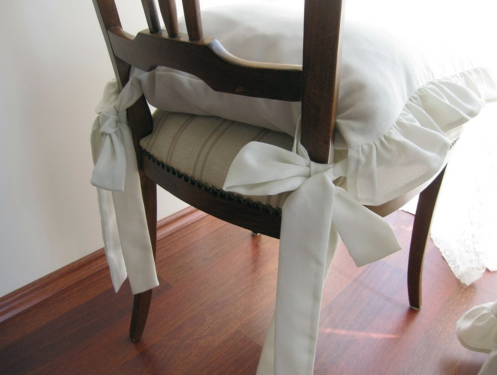 White Chair Cushions With Ties