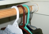 Adjustable Closet Rod Support