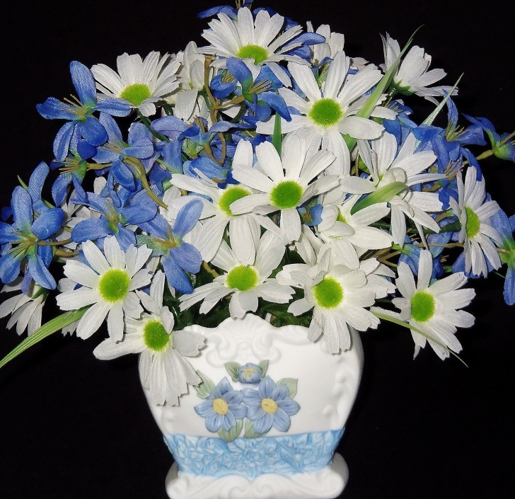Permalink to Blue And White Vase With Flowers