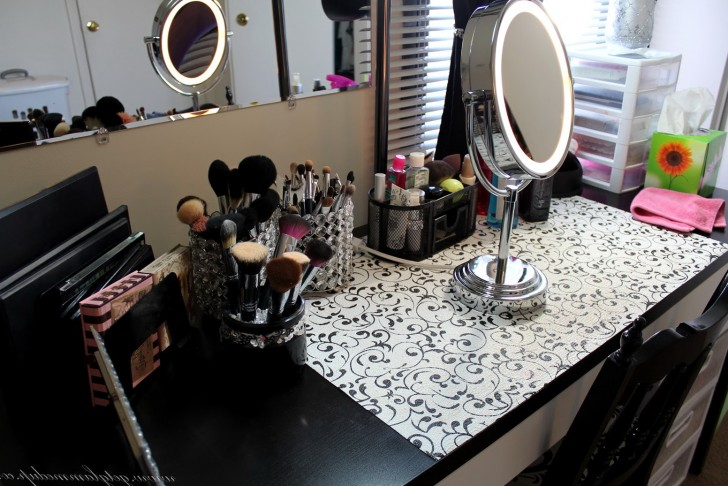 Permalink to Conair Lighted Makeup Mirror