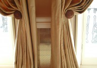 Images Of Curtains With Holdbacks