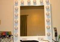 Mirror With Light Bulbs Around The Edge