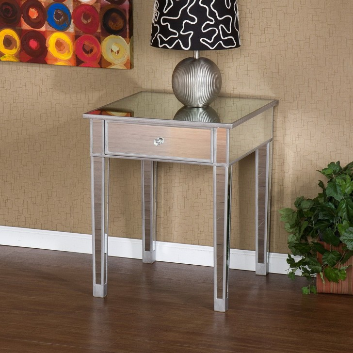Permalink to Mirrored Accent Table Target