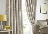 standard curtain lengths uk