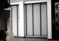Venetian Blinds With Curtains