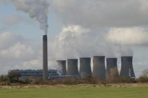 Eggborough_Power_Station_-_geograph.org.uk_-_349053