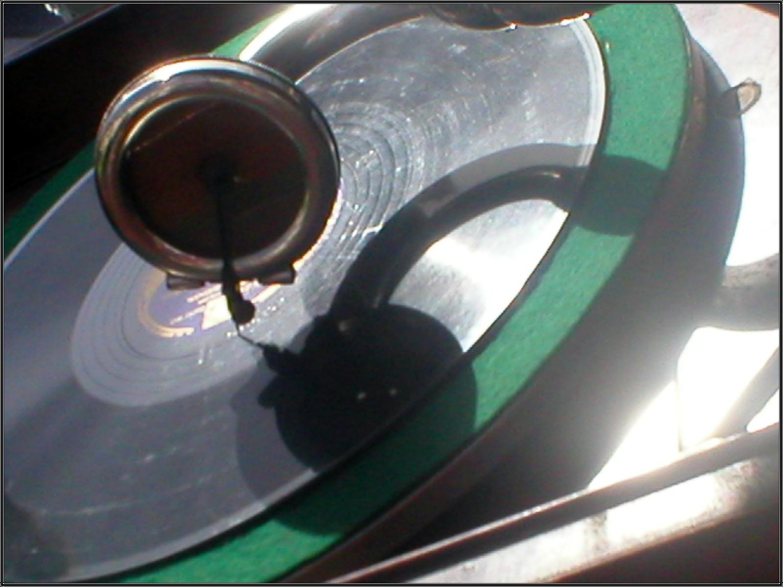 boot-gramaphone2