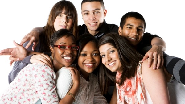 group-teen-friends-600x337