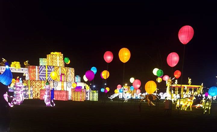 Longleat festival of light. Things to do this christmas in the south west.