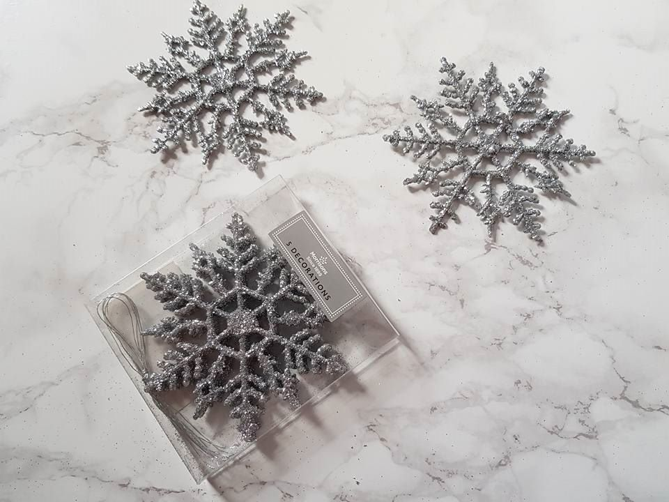 silver glitter snowflakes 5 pack