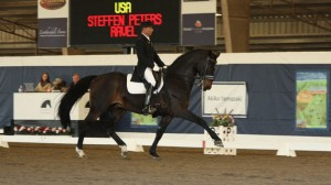 Steffen Peters and Ravel do an extented trot.