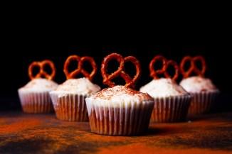 cupcakes-1966567_1280