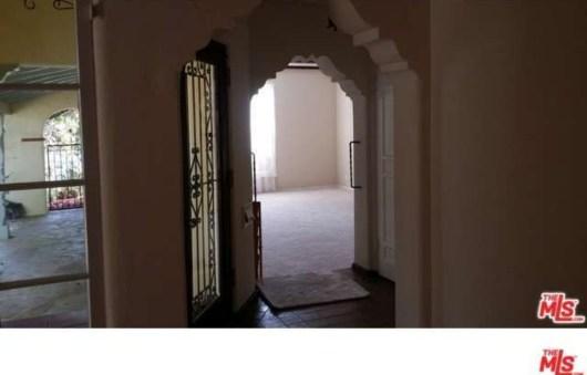 Interior 2148 Manning Ave