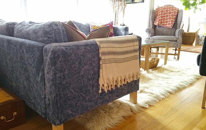 tie-dye-sofa-by-the-estate-of-things-betsy-moyer