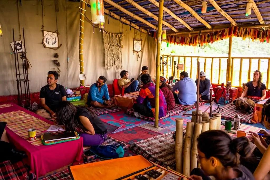 Cafe Vibes The Bunker Hostel Dharamkot